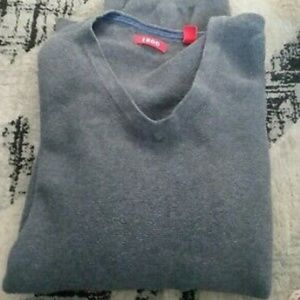 NWOT IZOD V-Neck Cotton Knit Ribbed Trim Sweater